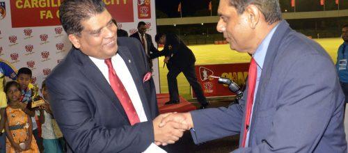 Greeting Maj Gen. Shaveendra Silva – Adjutant General, Sri Lanka Army